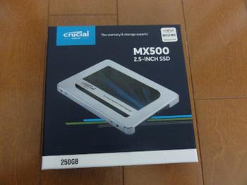2018090101_SSD_MX500.JPG